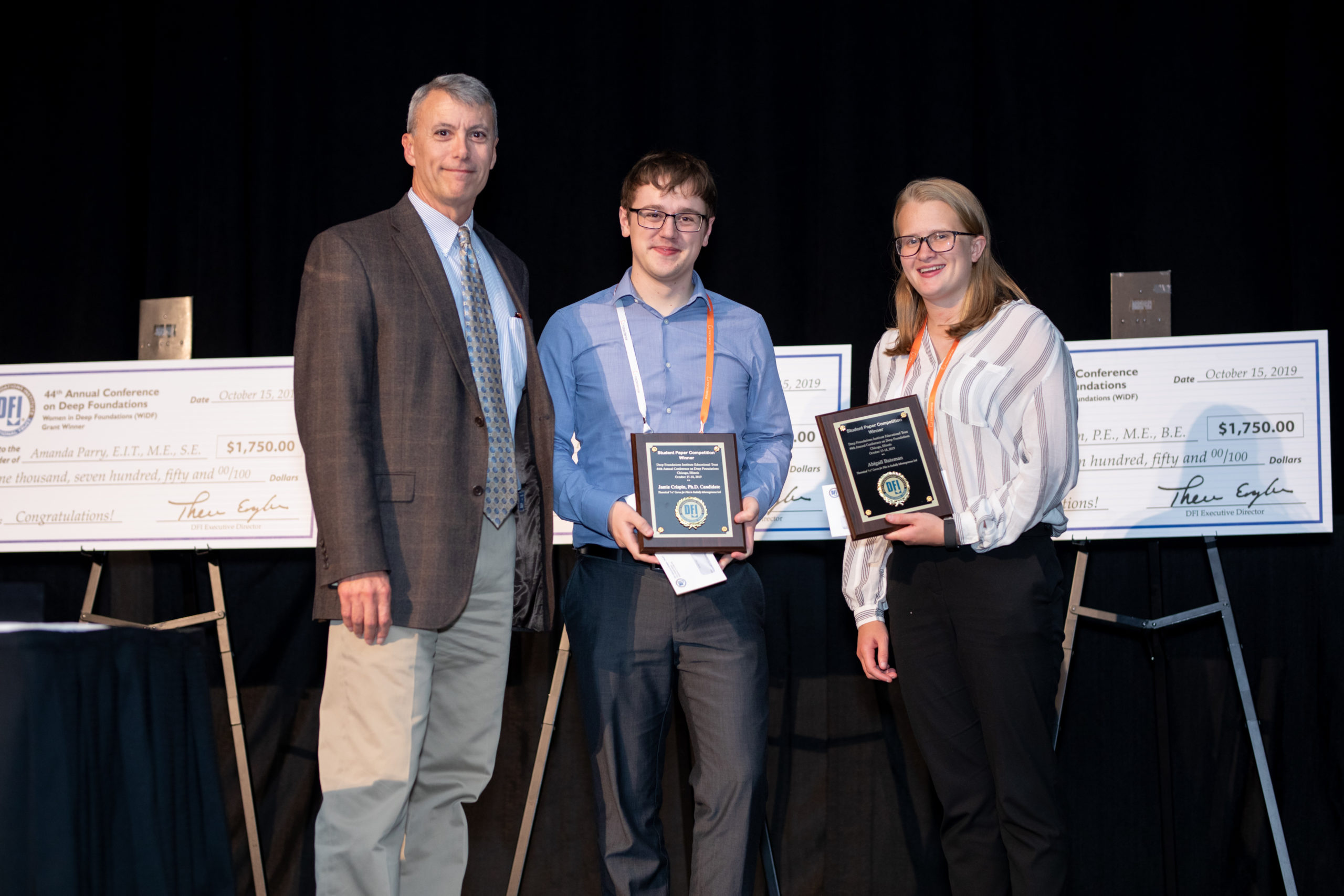 """""""Tracy Brettmann, Trust chair, with 2019 Student Paper Competition winners Jamie Crispin and Abagail Bateman, University of Bristol, U.K. """""""